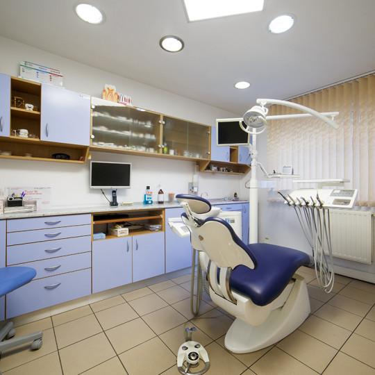 http://dentalplus.ro/wp-content/uploads/2015/12/Dental-By-JordaniStudio-012-copy-540x540.jpg