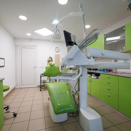 http://dentalplus.ro/wp-content/uploads/2015/12/Dental-By-JordaniStudio-014-copy-540x540.jpg