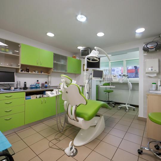 http://dentalplus.ro/wp-content/uploads/2015/12/Dental-By-JordaniStudio-015-copy-540x540.jpg