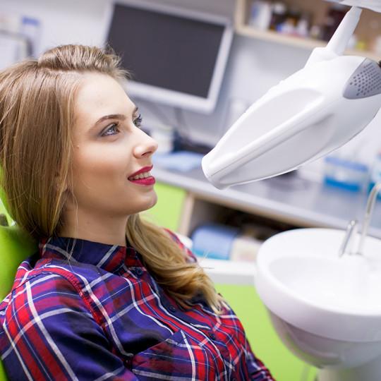 http://dentalplus.ro/wp-content/uploads/2015/12/Dental-Echipa-By-JordaniStudio-059-copy-540x540.jpg