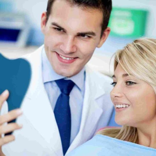 http://dentalplus.ro/wp-content/uploads/2015/12/shutterstock_118733071-1-540x540.jpg