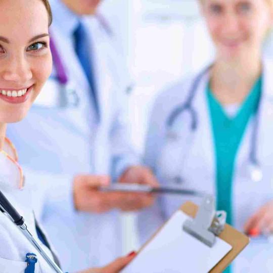 http://dentalplus.ro/wp-content/uploads/2015/12/shutterstock_288977717-540x540.jpg