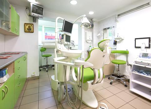 http://dentalplus.ro/wp-content/uploads/2016/04/sala.jpg